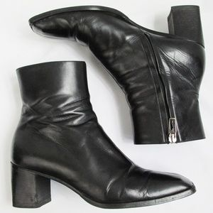 Gucci | Vintage Black Leather Ankle Boots